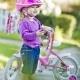 Большинство детей катаются  на велосипеде  без шлема